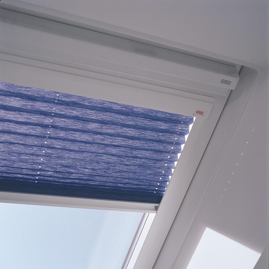 Plissee Blau Dachfenster 02