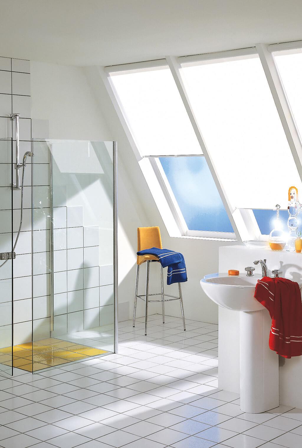 Rollo Weiss Dachfenster 02