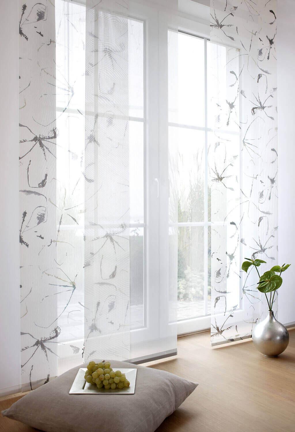 JalouCity: Moderne Fensterlösungen für Wohnzimmer