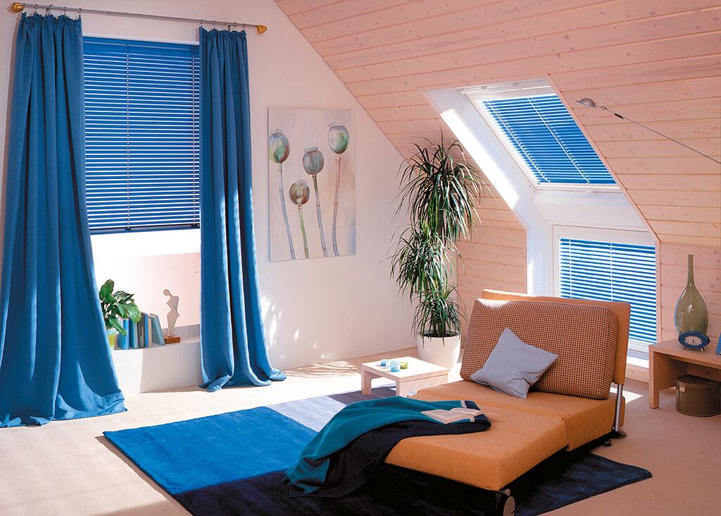 Jalousie Alu Blau Dachfenster 01
