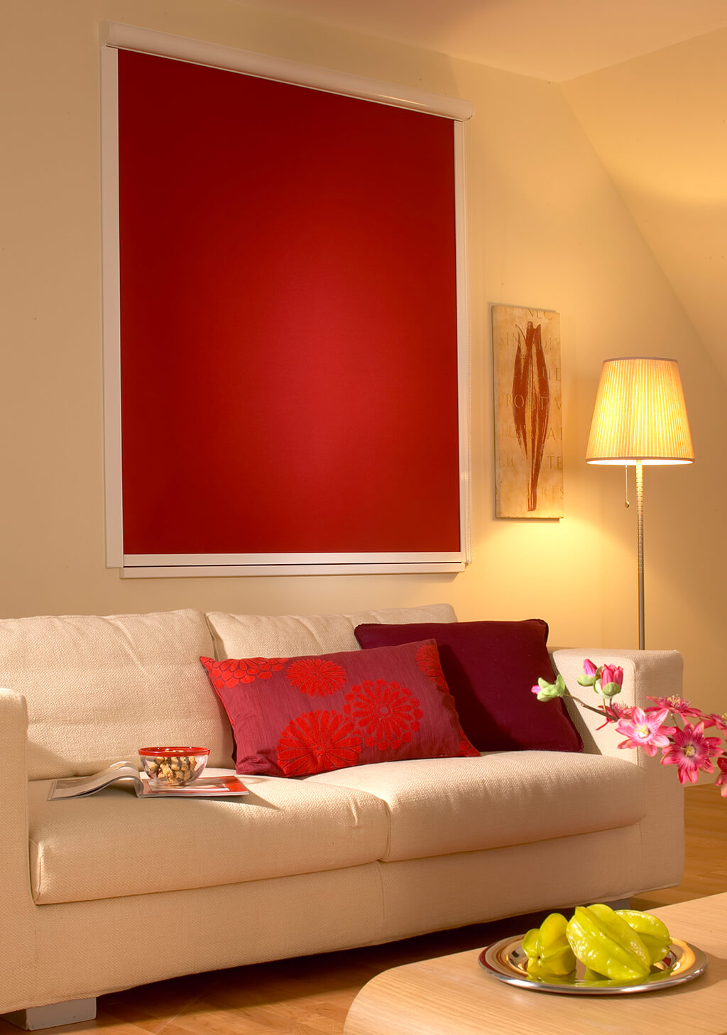 Rollo Verdunkelung Rot Dachfenster 01