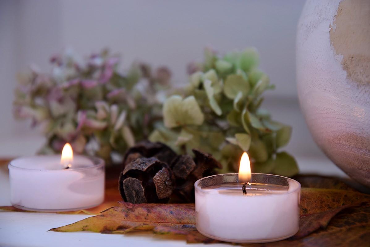 Herbst Deko und Teelichter