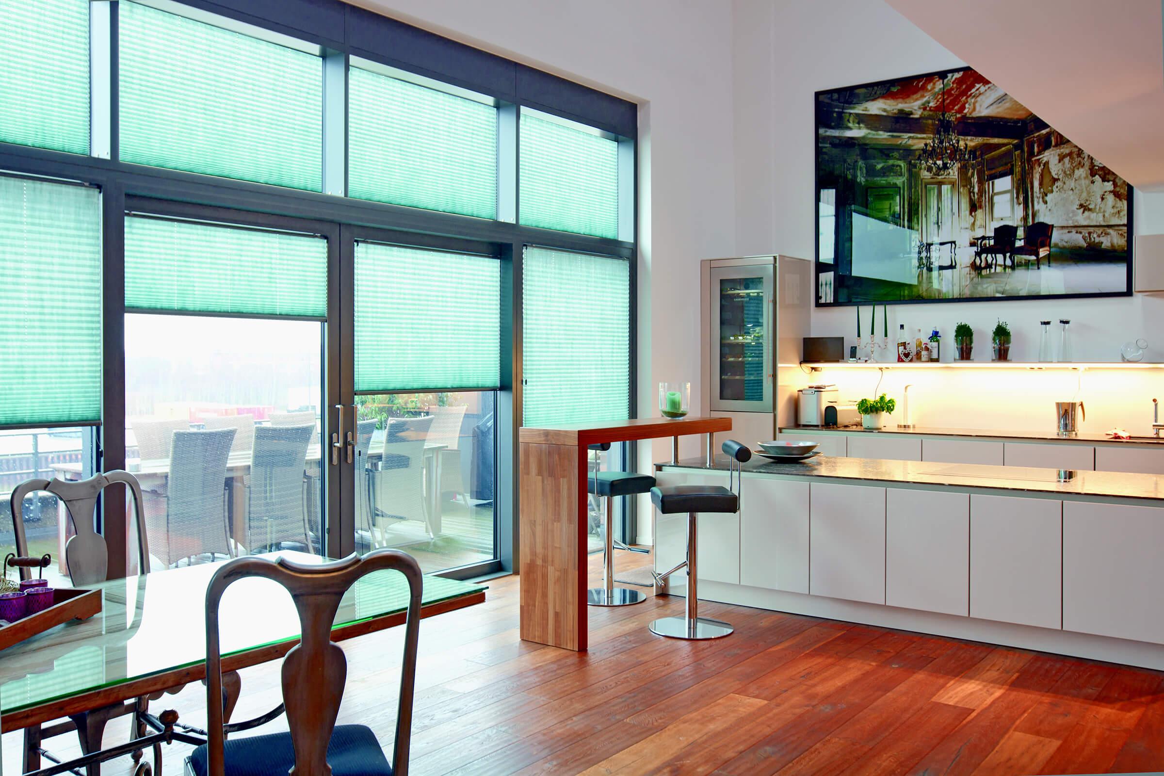 blickdichte plissees sichtschutz plissee. Black Bedroom Furniture Sets. Home Design Ideas