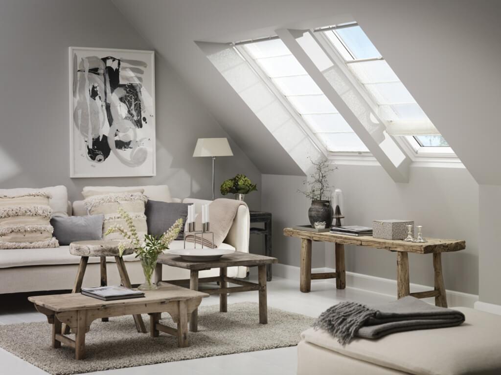 VELUX® Raffrollos – passgenauer Licht- und Sichtschutz für Dachfenster