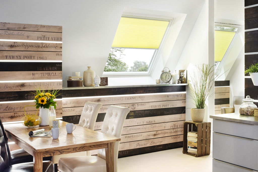 rollos passgenau f r ihr velux dachfenster jetzt online. Black Bedroom Furniture Sets. Home Design Ideas