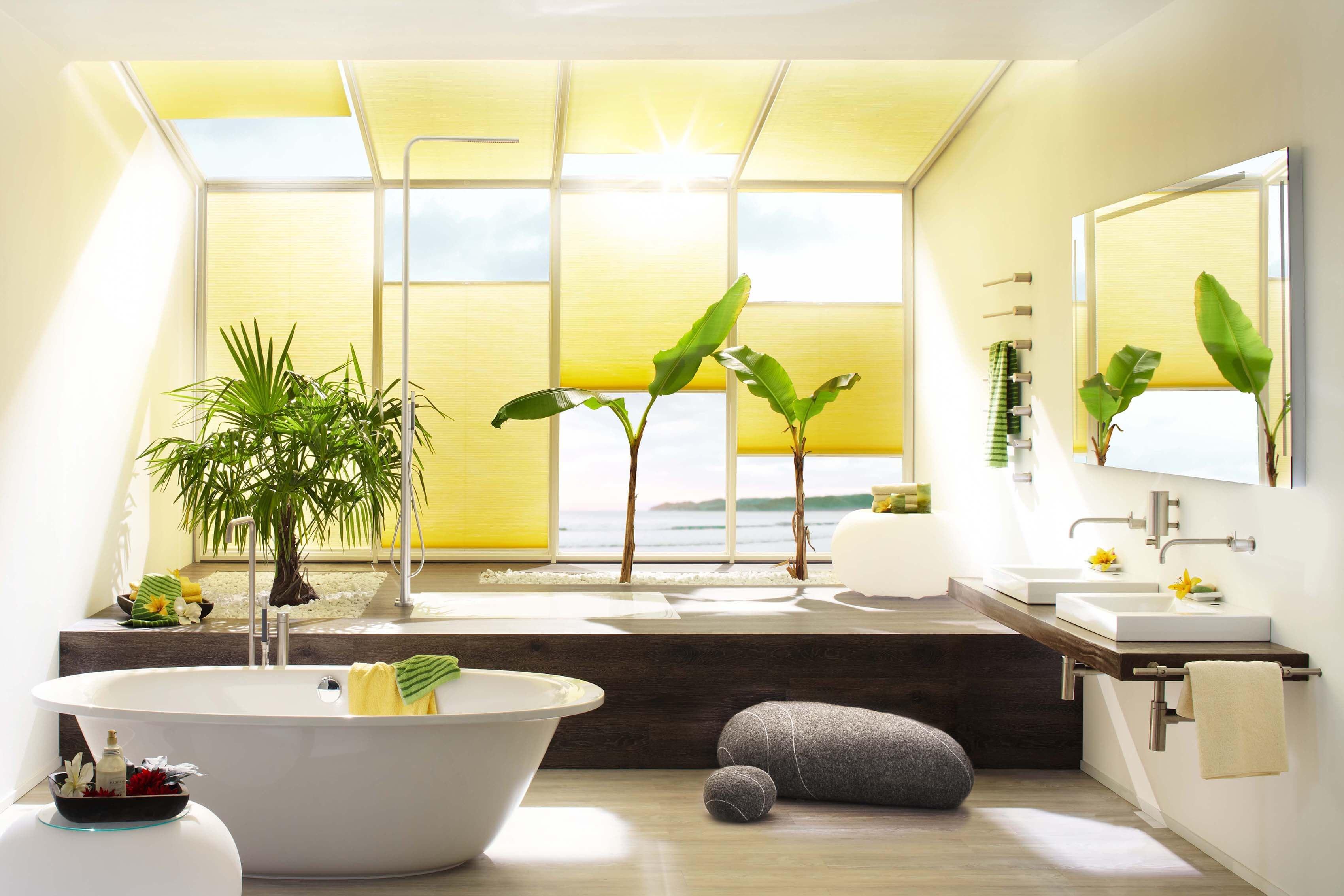 DUETTE Wabenplissees Farbe Gelb im Badezimmer Spa