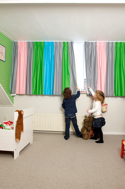 gardinen zum abdunkeln nach ma f r ihr fenster jetzt online kaufen. Black Bedroom Furniture Sets. Home Design Ideas