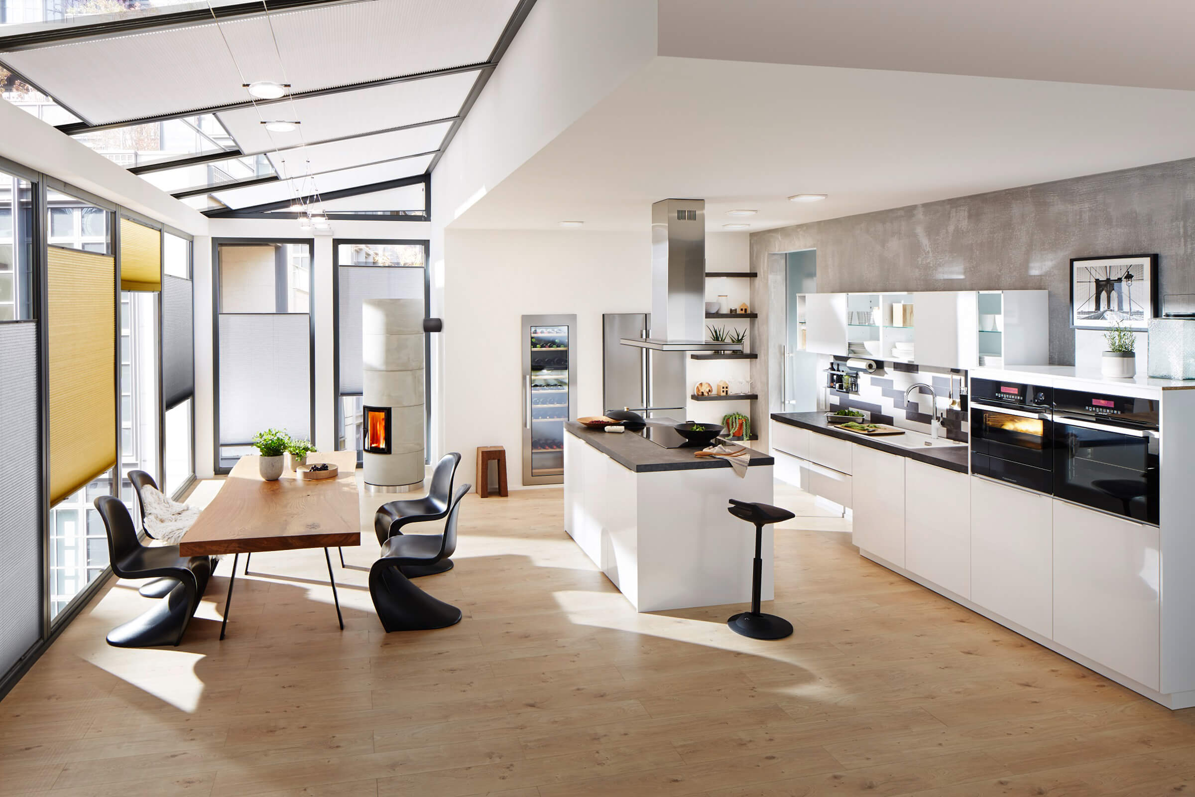 duette wabenplissee exklusiver licht sicht und sonnenschutz. Black Bedroom Furniture Sets. Home Design Ideas