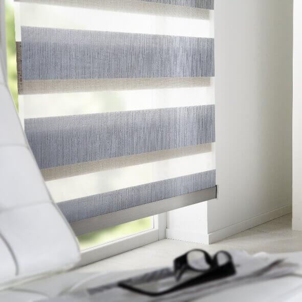 Doppelrollo in stylischem grau mit edlem Designprofil