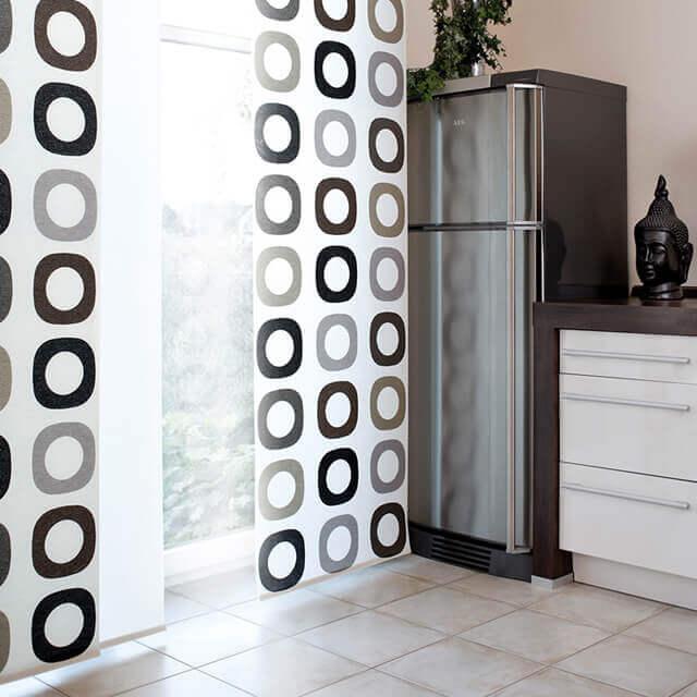 Flächenvorhang in der Küche
