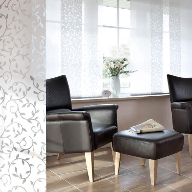 Flächenvorhang schmale kurze Panele für halbhohe Fenster