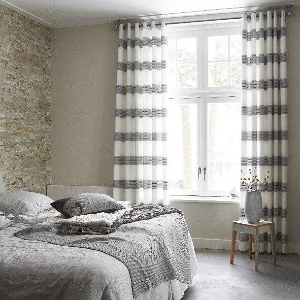gardinen mit sen modern und stilvoll jetzt g nstig. Black Bedroom Furniture Sets. Home Design Ideas