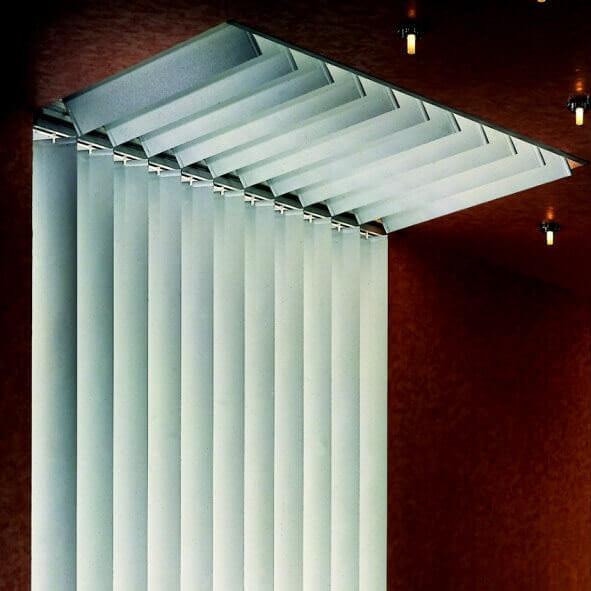 Lamellenvorhänge für Dachflächen Eingangsbereich