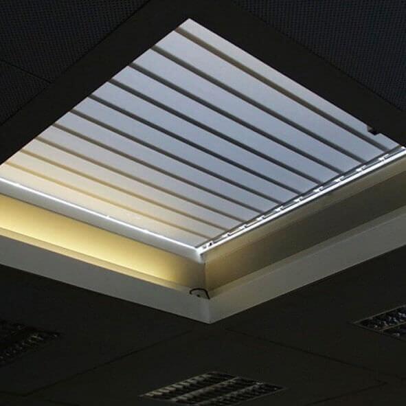 Lamellenvorhänge für Dachflächen Exklusiv