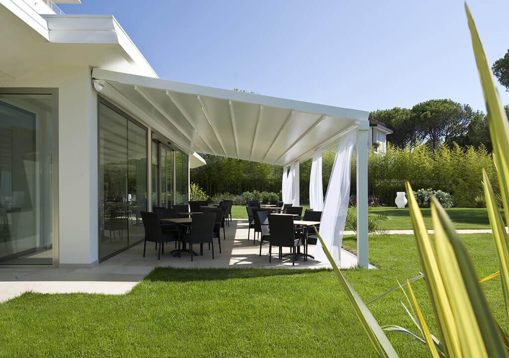 pergola systeme robuste terrassenfaltd cher nach ma. Black Bedroom Furniture Sets. Home Design Ideas