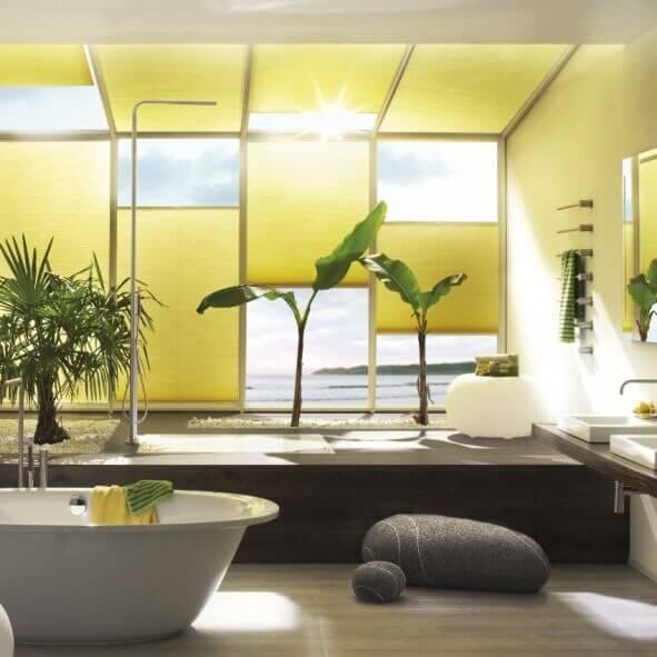 Gelbe Wabenplissees für Diskretion im Badzimmer und in Feuchträumen