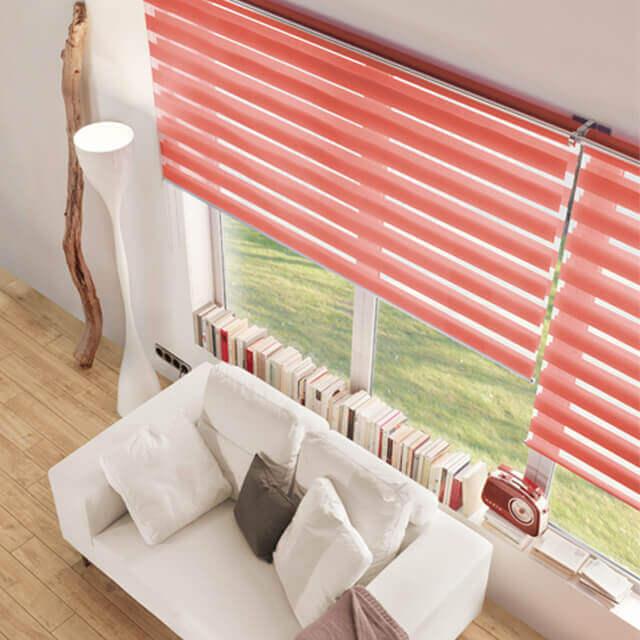 Edles DuoRoll Doppelrollo in rot fürs Wohnzimmer