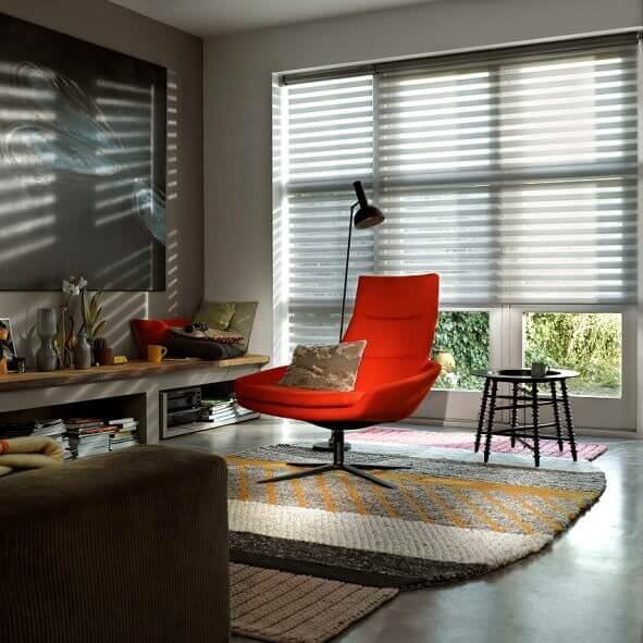Sunstrip Doppelrollo edel fürs Arbeitszimmer
