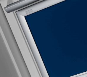 velux sonnenschutz sichtschutz verdunkelung f r dachfenster. Black Bedroom Furniture Sets. Home Design Ideas