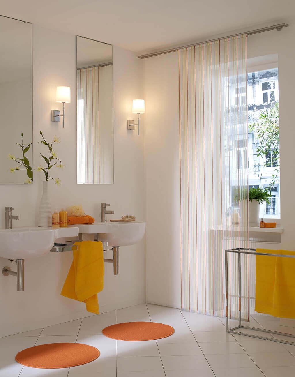 dekorativer sicht und lichtschutz f rs badezimmer. Black Bedroom Furniture Sets. Home Design Ideas