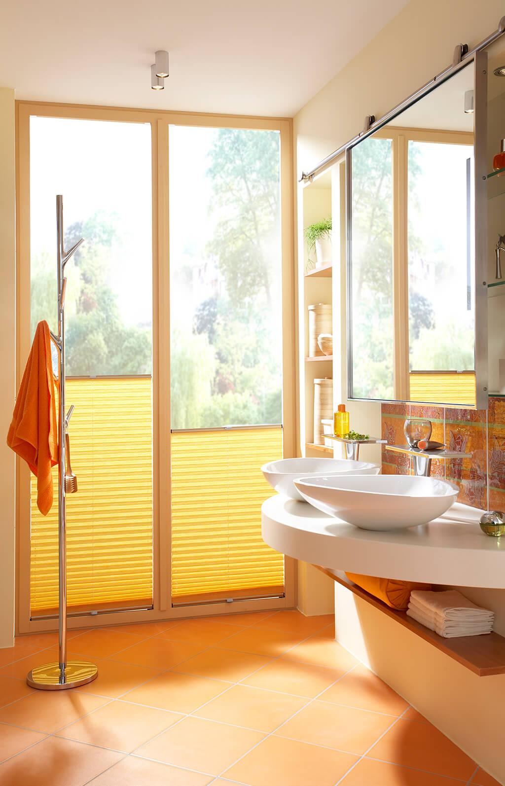 Sichtschutz Im Bad   Plissees Und Rollos Für Badezimmer   Sichtschutz Für  Badezimmerfenster