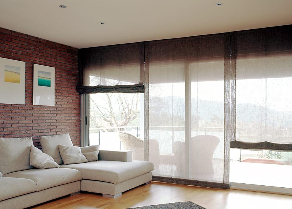 Raffrollo wohnzimmer modern interior design und m bel ideen - Fensterdeko wohnzimmer ...