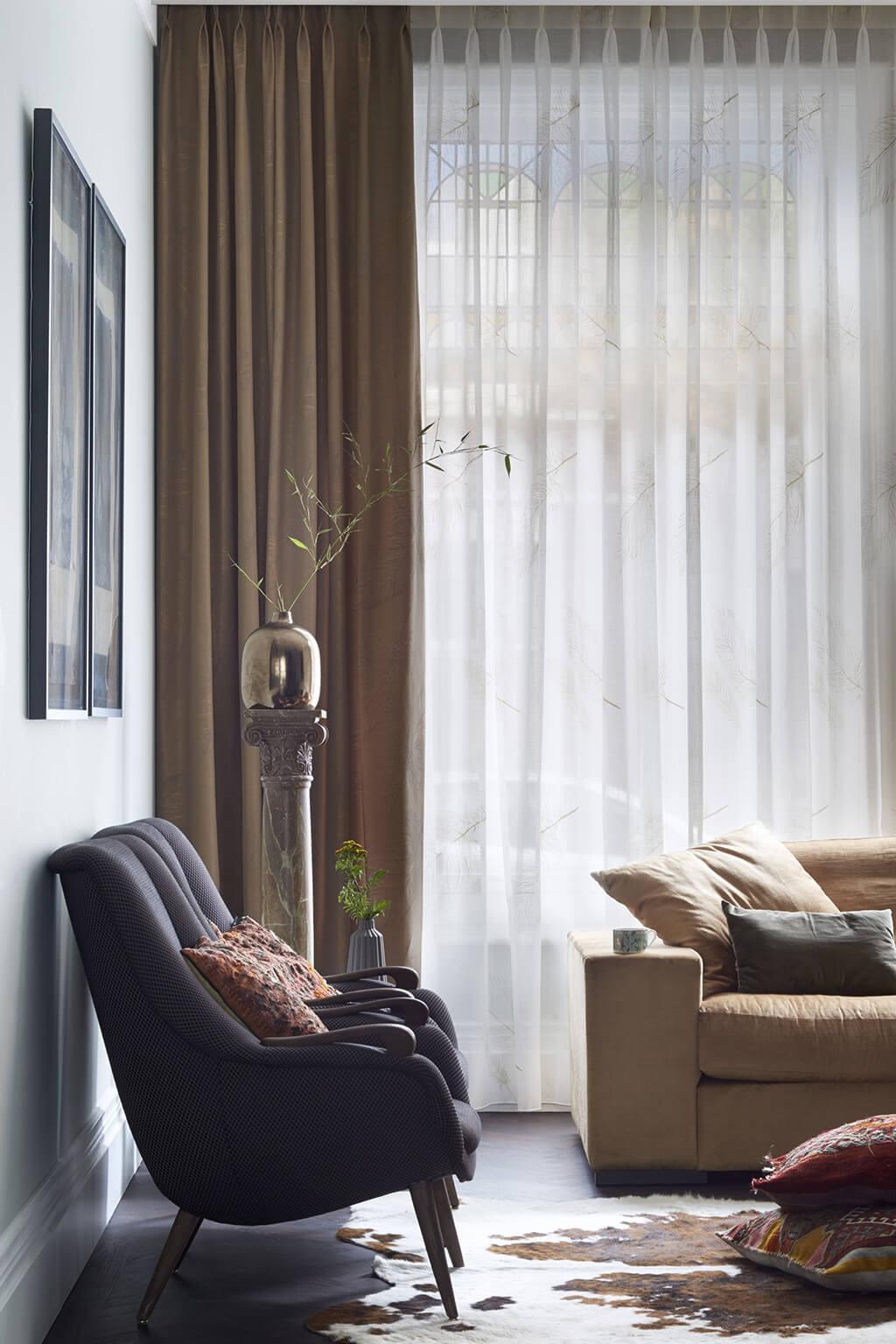 Vorhang Dekorstoffkombination, transparentes Weiß zu mittlerem Braun