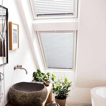 VELUX Jalousie – Dachfenster-Jalousien als Sicht- & Sonnenschutz
