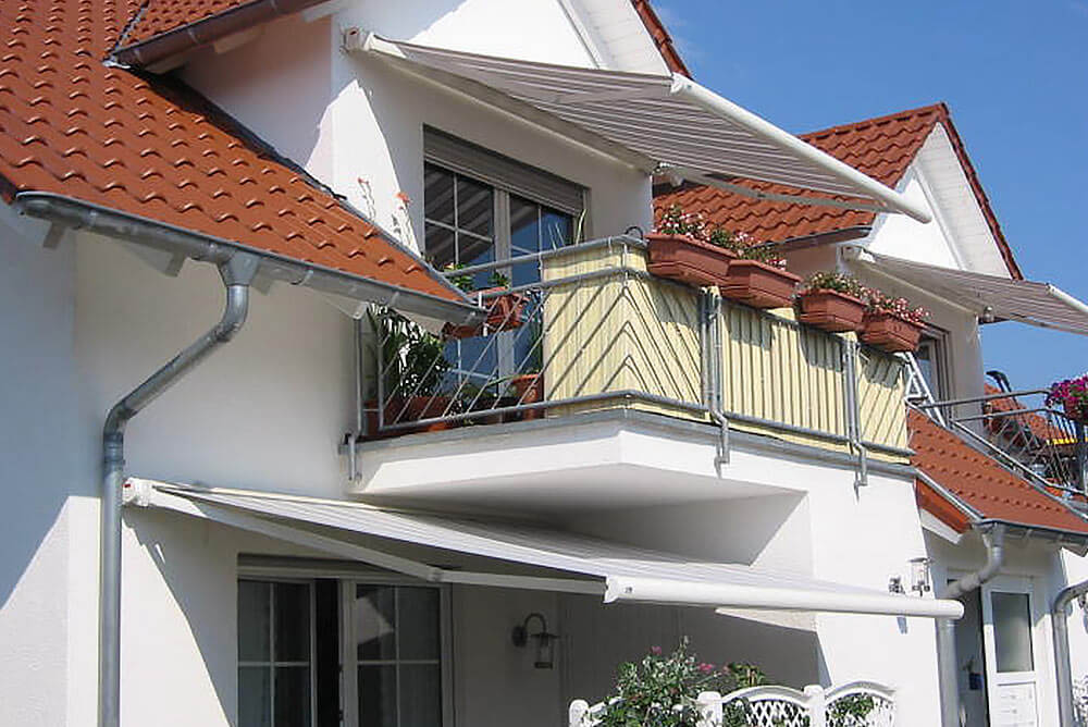 Kassettenmarkise RIVA Balkon Terrasse