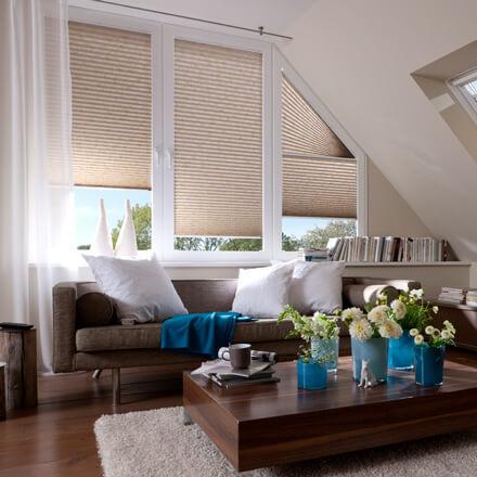 verdunkelungsplissees plissee zur verdunkelung im schlafr umen. Black Bedroom Furniture Sets. Home Design Ideas