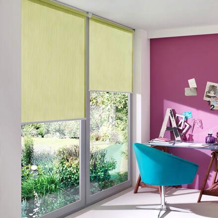 sichtschutz rollo auen top plissee rollos eignen sich fr sichtschutz genauso gut wie fr oder. Black Bedroom Furniture Sets. Home Design Ideas
