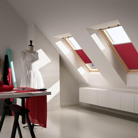 velux plissee dachfenster plissee mit slimline technologie. Black Bedroom Furniture Sets. Home Design Ideas