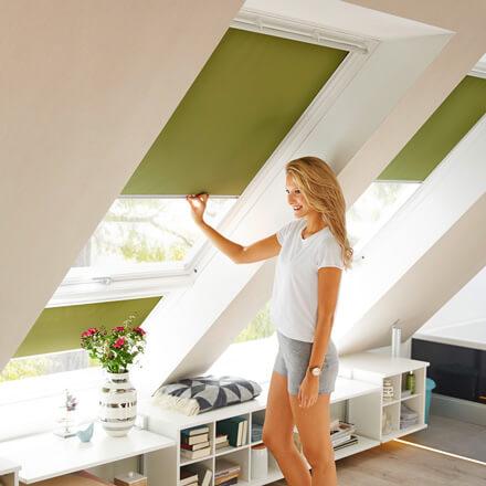 Jalousien Für Velux Dachfenster.Velux Dachfenster Rollos Passgenaue Rollos Für Ihre