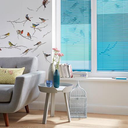 alu jalousien nach ma individuell und passgenau jaloucity. Black Bedroom Furniture Sets. Home Design Ideas