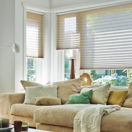 Plissee Wohnzimmer plissees dekorativer sichtschutz jaloucity