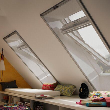 velux sonnenschutz und lichtschutz f r ihre dachfenster jaloucity. Black Bedroom Furniture Sets. Home Design Ideas