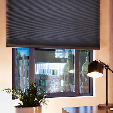 wabenplissees funktioneller sichtschutz von jaloucity. Black Bedroom Furniture Sets. Home Design Ideas
